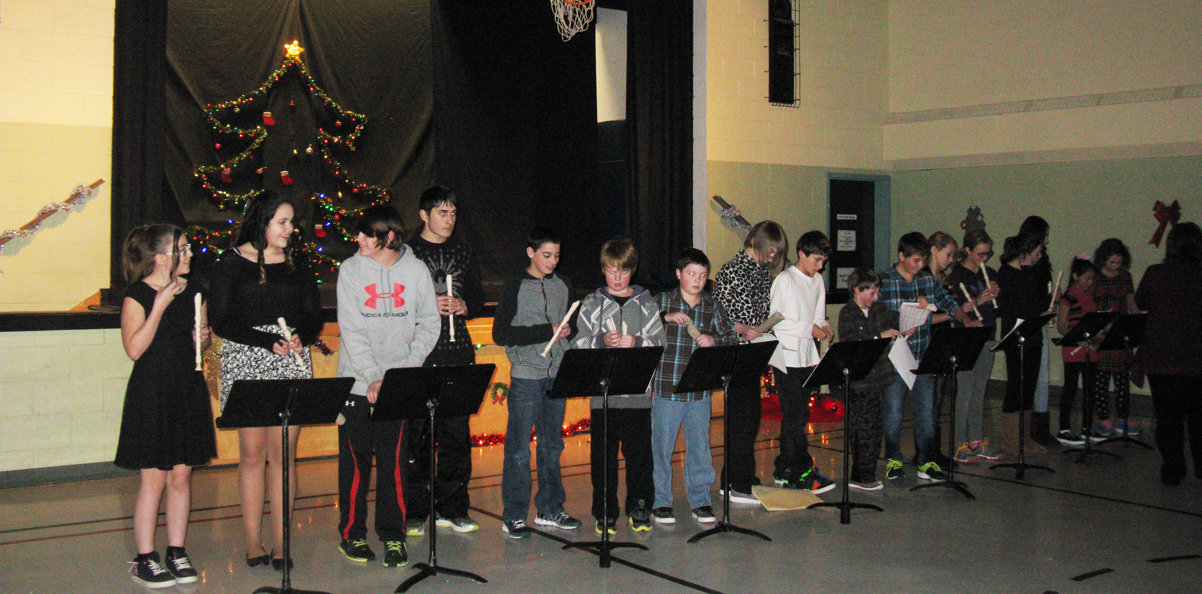 Students and Staff Prepare for the Holidays at MPS