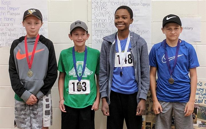 9 NWOnt Schools Attend 28th Annual X-Country Race in Red Rock